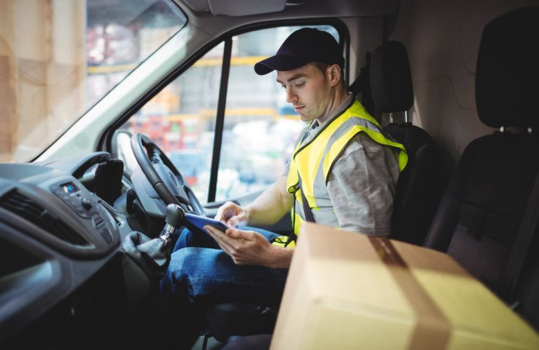 Easy ways you can break into the courier business